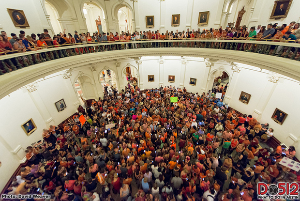 SB5-(Abortion-Bill)-Protest-at-the-Texas-State-Capitol-photo-by-Do512.jpg
