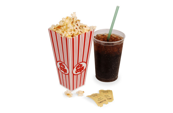Fizzy-drink-and-popcorn